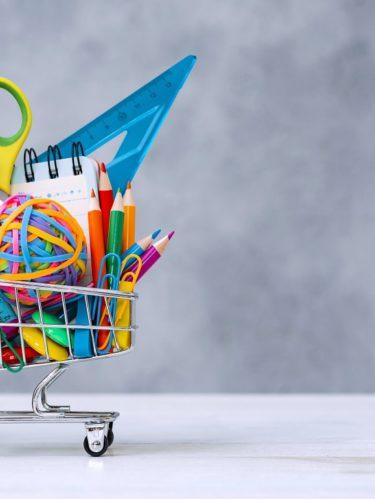 ¿Cómo ahorrar dinero en la compra de útiles escolares?